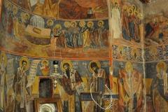 In der Kirche in Plataniotissa