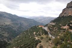 Blick vom Kloster Mega Spileo zum Grand Chalet