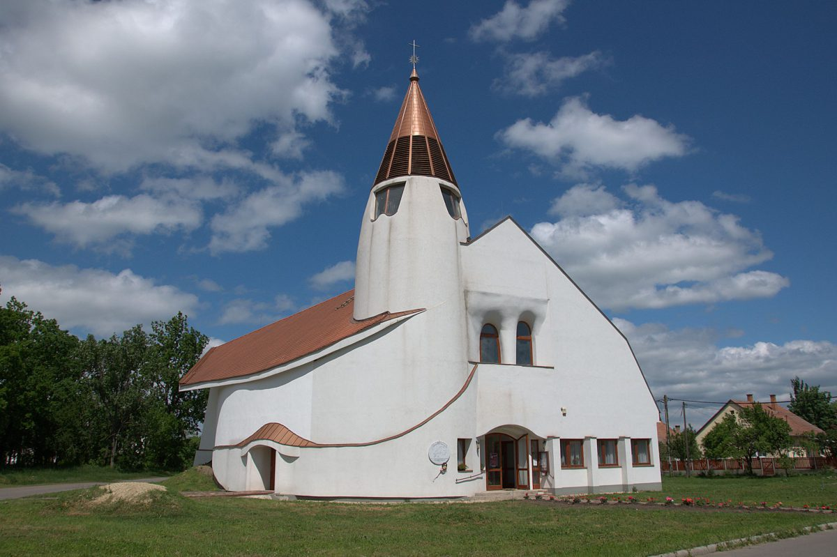 DSC_3547_Kirche in Hortobágy -1