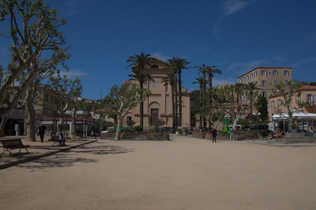 Marktplatz in L'Ile Rousse