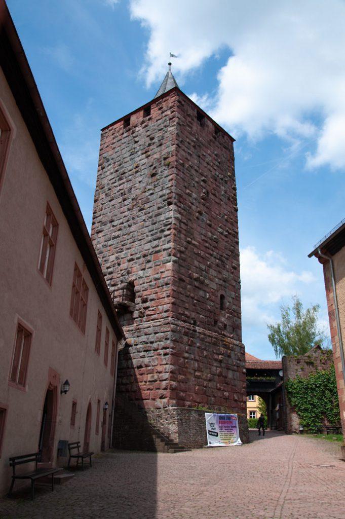 Burgfried auf Burg Rothenfels